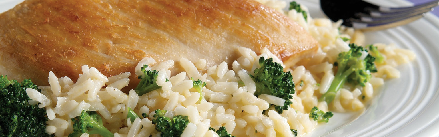 15 Minute Cheesy Chicken and Rice