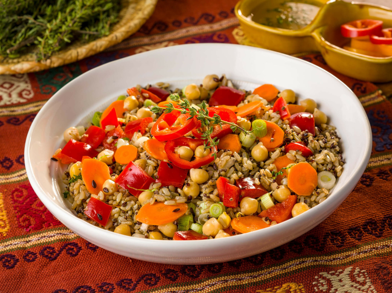Easy Garbanzo Beans and Rice Salad