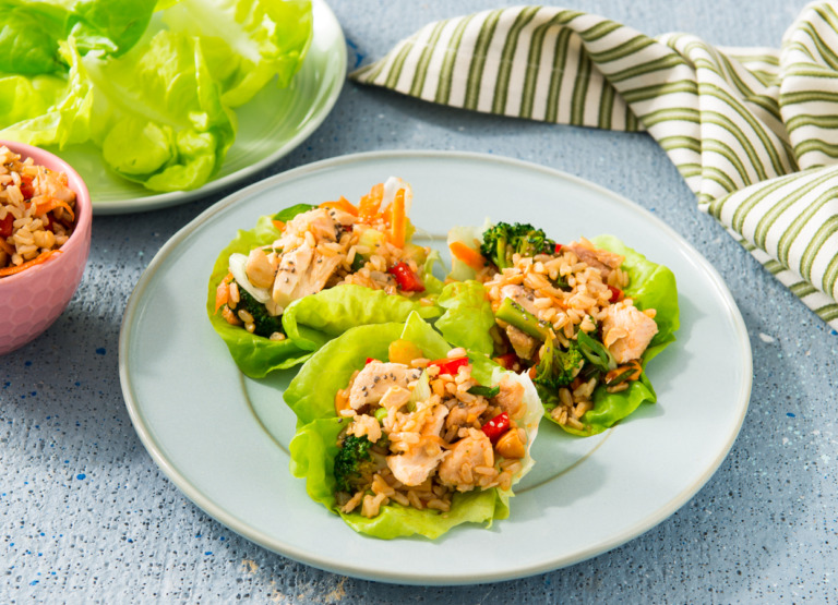 Sweet and Spicy Salmon and Brown Rice Lettuce Cups