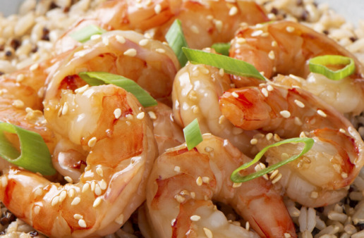 Easy Sesame Hoisin Shrimp with Quinoa and Rice