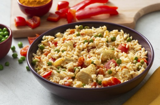 spanish-rice-with-chicken-bell-peppers-peas-and-instant-white-rice