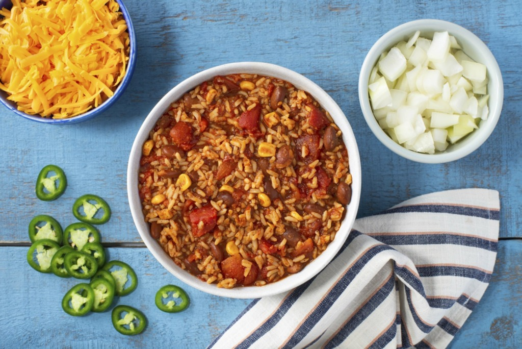 Vegetarian-Chili-with-Pinto-Beans-corn-diced-jalapenos-and-cheddar-cheese