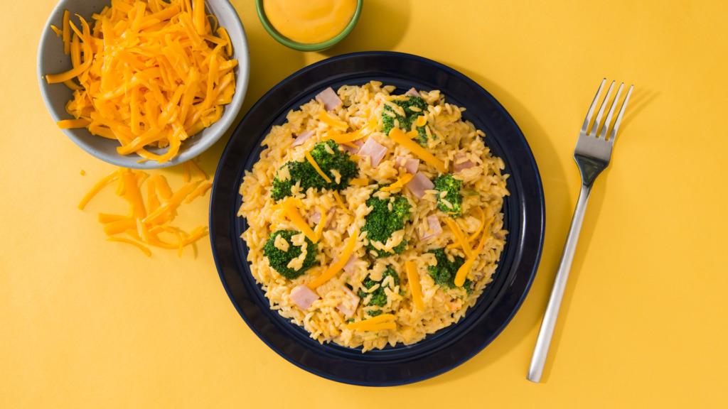Cheesy ham and broccoli rice dish