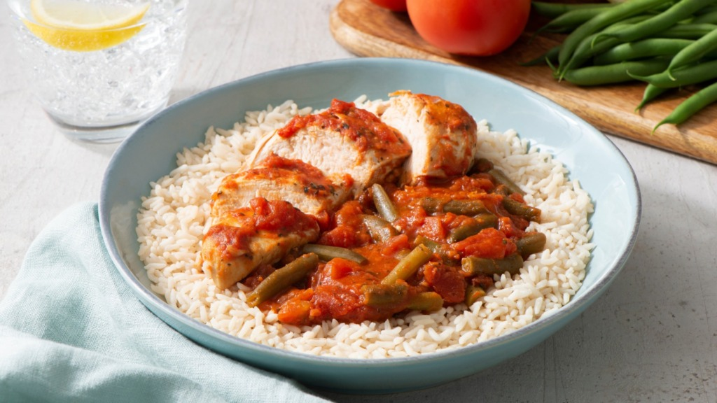 chicken-and-rice-dinner-with-italian-style-tomatoes-green-beans-and-instant-rice