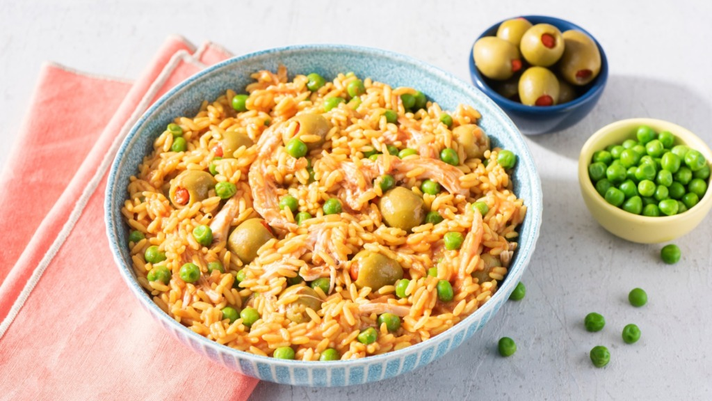 chicken-and-rice-dish-with-peas-olives-and-tomato-sauce