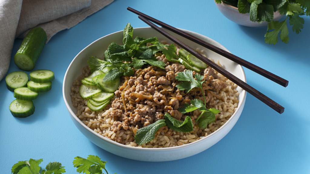 crispy-ground-pork-with-brown-rice-fresh-herbs-and-cucumber