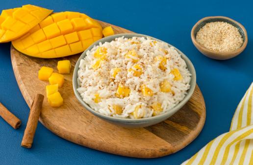 Mango Sticky Rice with coconut milk and jasmine rice
